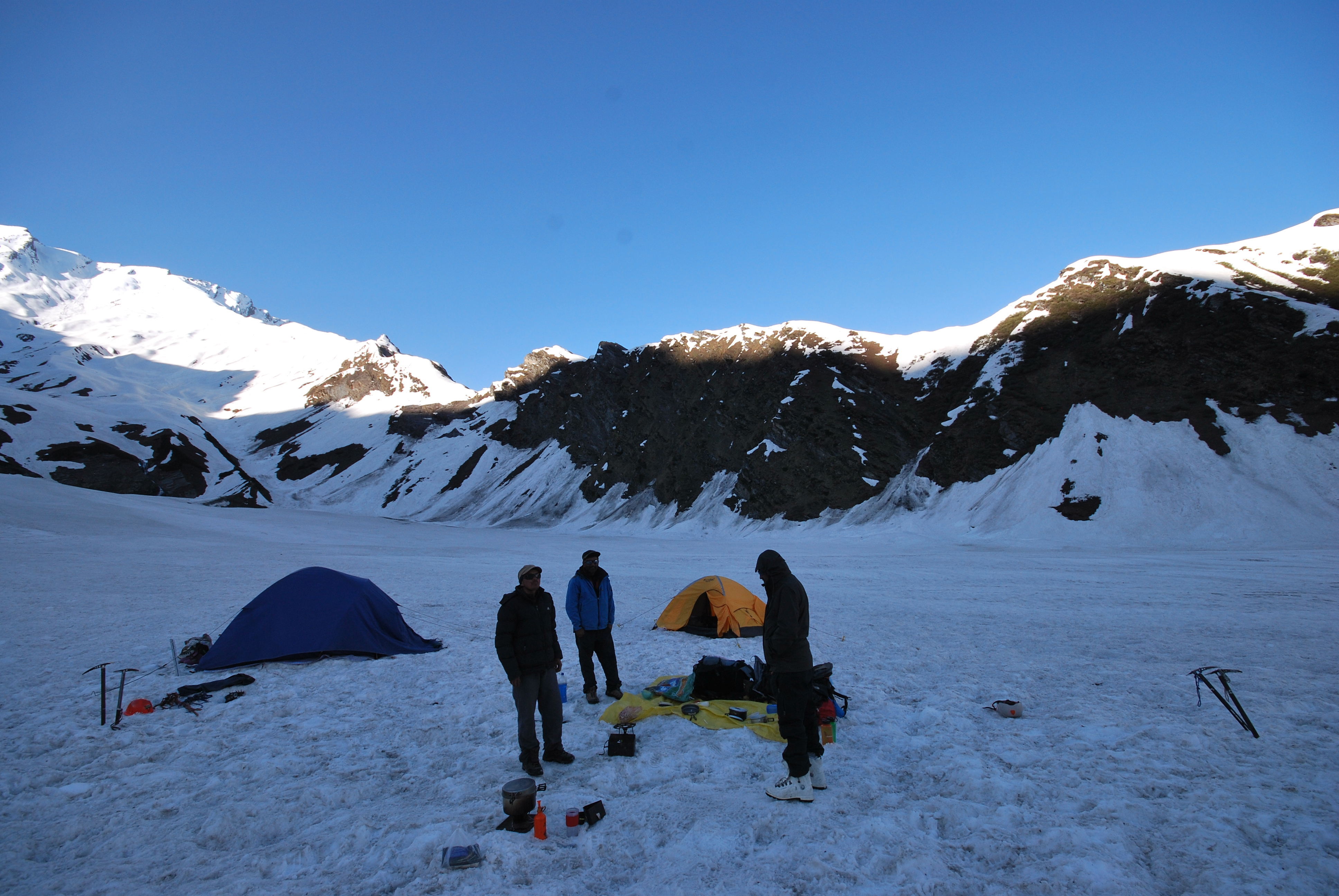 establishing base camp Mountain training.JPG